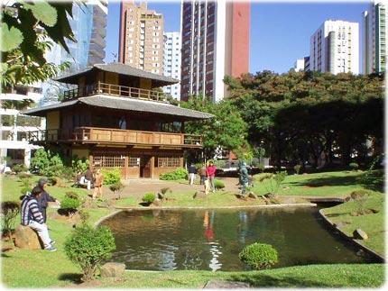 Praça da Fazenda Praca-japao-3